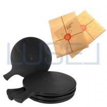 Kit promozionale PZ 6 Tagliere nero black cm 34 x 26 con manico in plastica rigida + PZ 1000 Foglietti in carta antigrasso